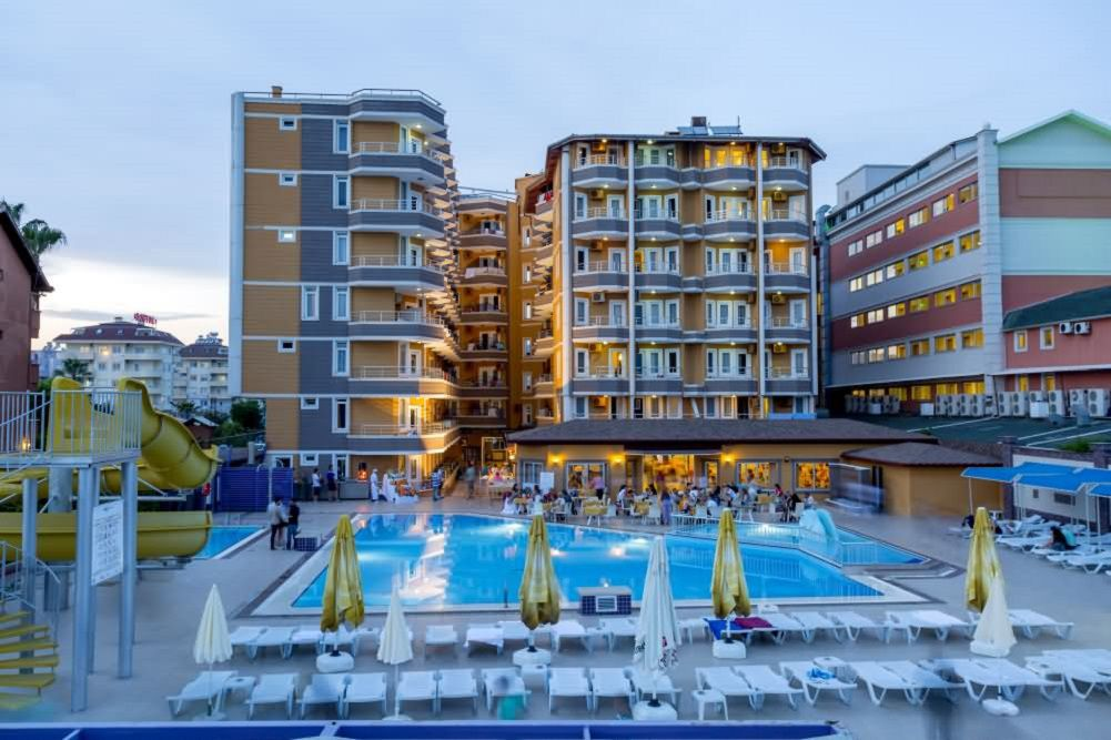Hotel Inova Beach**** - Alanya