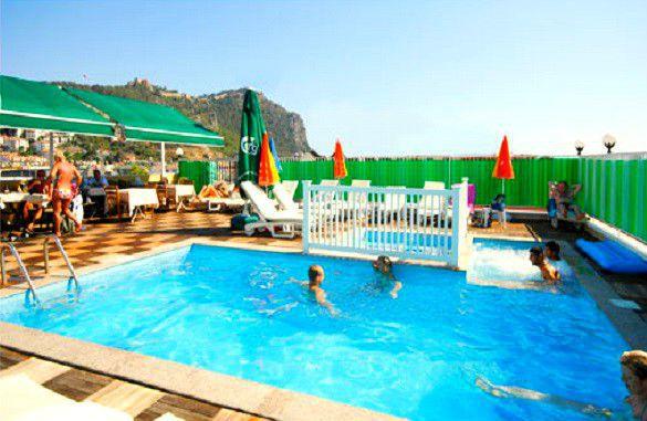 Kleopatra Beach Hotel****-Alanya